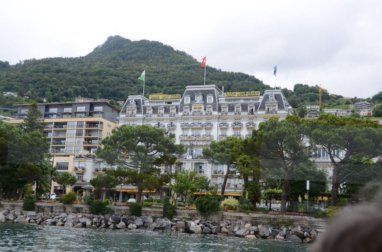 モントルー(Montreux)からVeve...